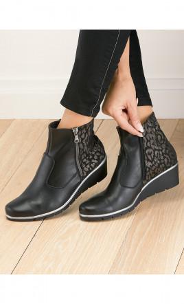 boots - ORCADE